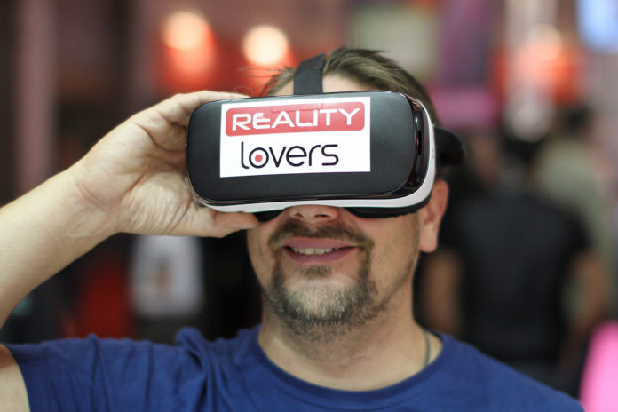 vr brille reality lovers