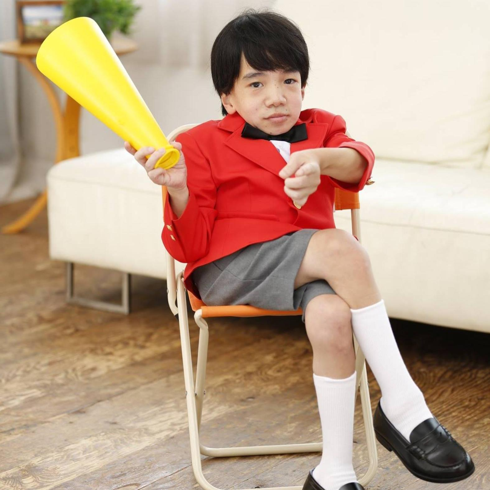 japanese child looks like a child