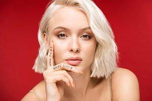 Der schwedische Popstar Zara Larsson möchte, dass junge Leute Sex haben und Leben retten.