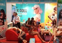 SASCN Europe mit Sex Doll auf der Venus Messe 2018 in Berlin